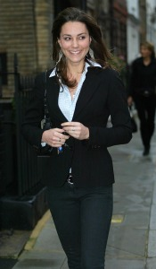 ©2006 RAMEY PHOTO 310-828-3445/XPOSURE US ONLY! 12-01-06-LONDON KATE MIDDLETON LOOKING CHEERFUL WHILST OUT AND ABOUT, LONDON. NM/XP